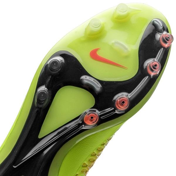 کفش فوتبال نایک مجیستا اپوس