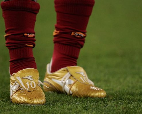 کفش فوتبال نایک تمپو لجند
