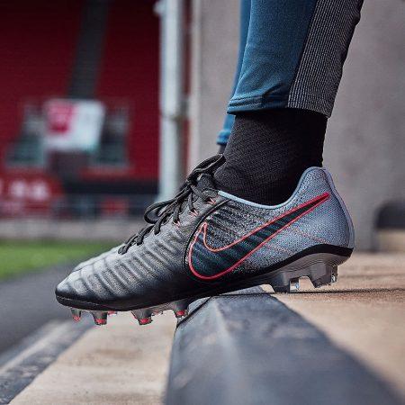 کفش فوتبال نایک تمپو لجند 7