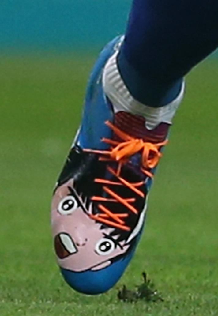 کفش فوتبال