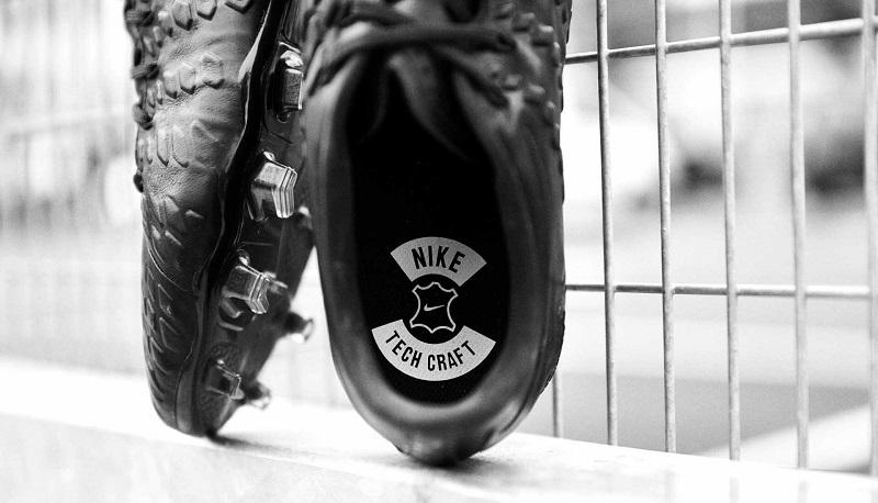 کفش فوتبال نایک