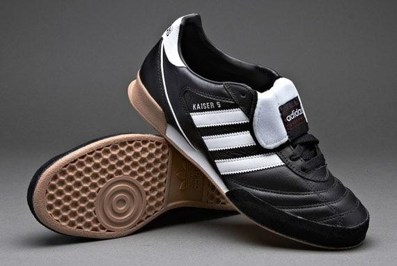 کفش فوتسال آدیداس