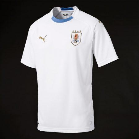 پیراهن دوم تیم ملی اروگوئه