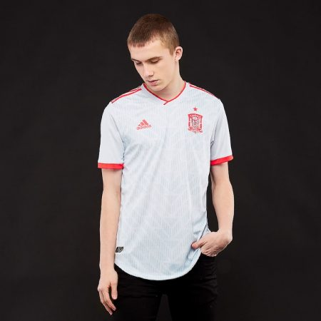 پیراهن دوم تیم ملی اسپانیا